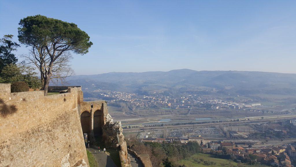 Ausblick von Orvieto auf die Toskana