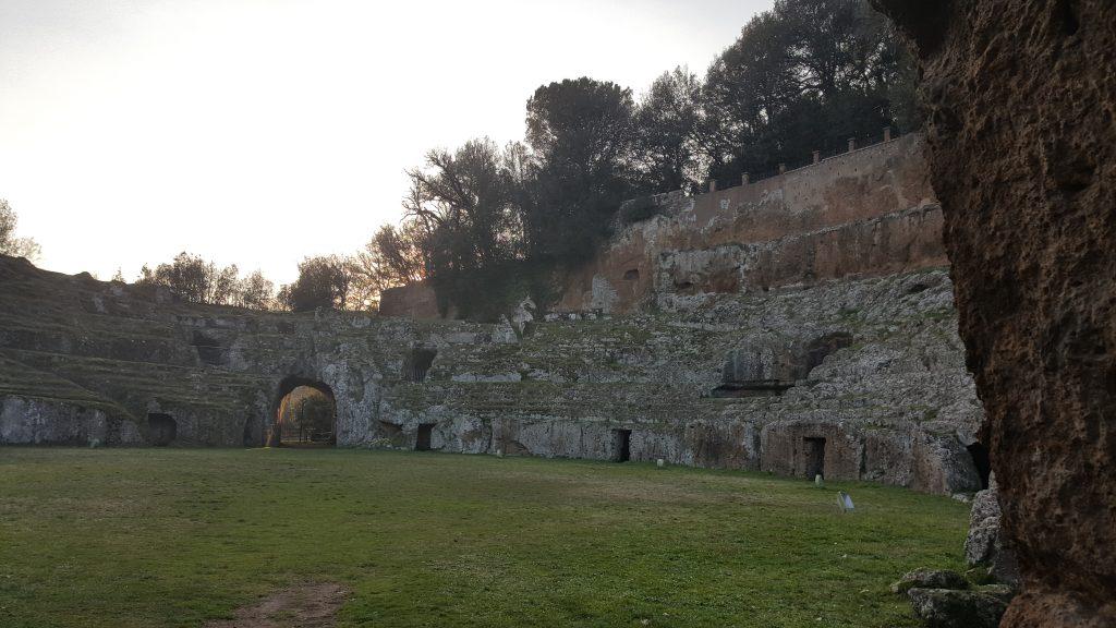 Amphitheater in Sutri, Toskana Italien