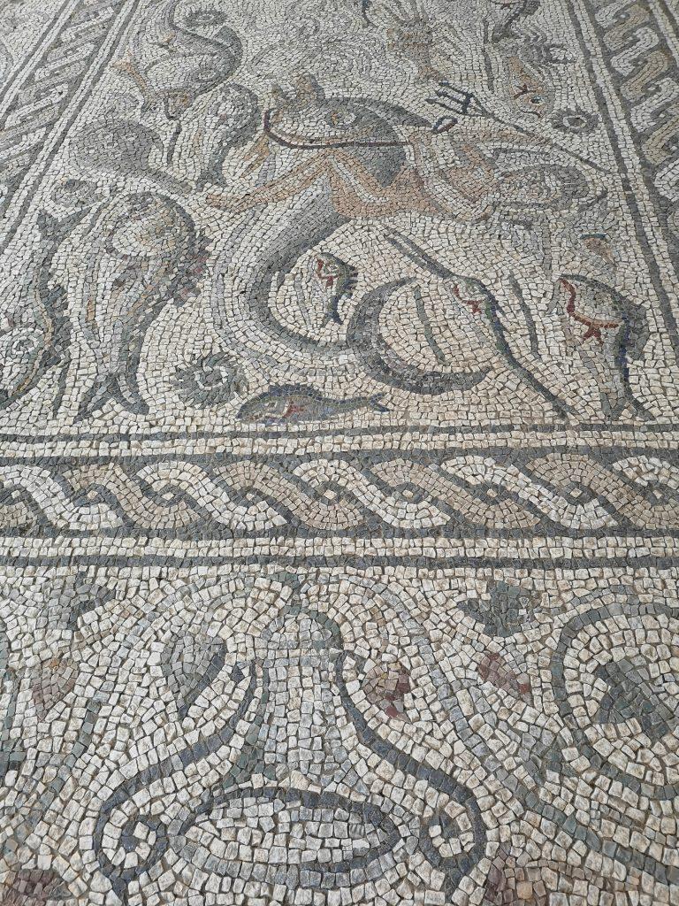 Römisches Mosaik in Luni bei Massa in der Toskana