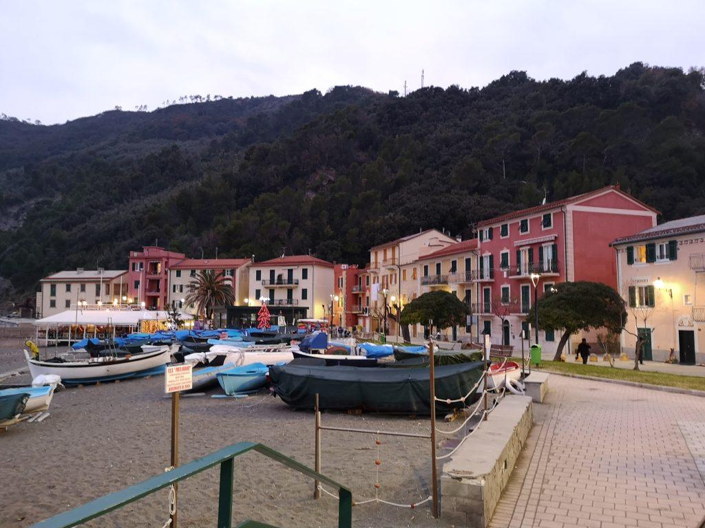 Strandpromenade in Sestri Levante