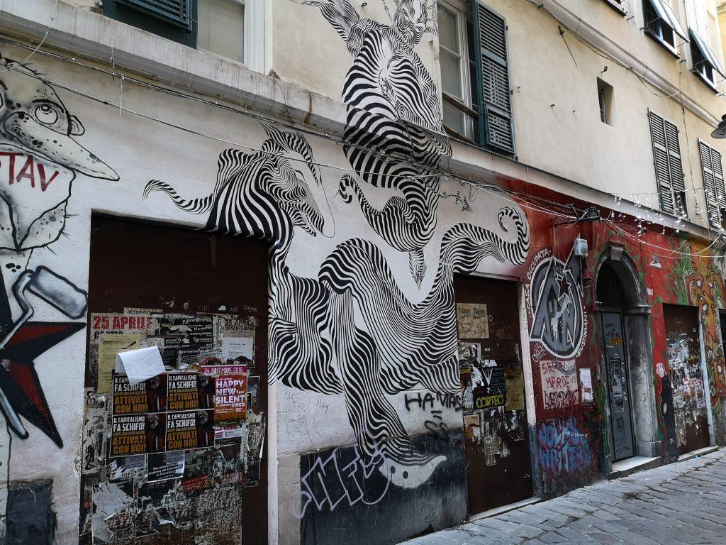 Graffiti in der Altstadt von Genua Italien
