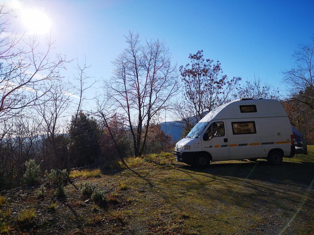Unser Wohnmobil Gerard in der Sonne in Italien