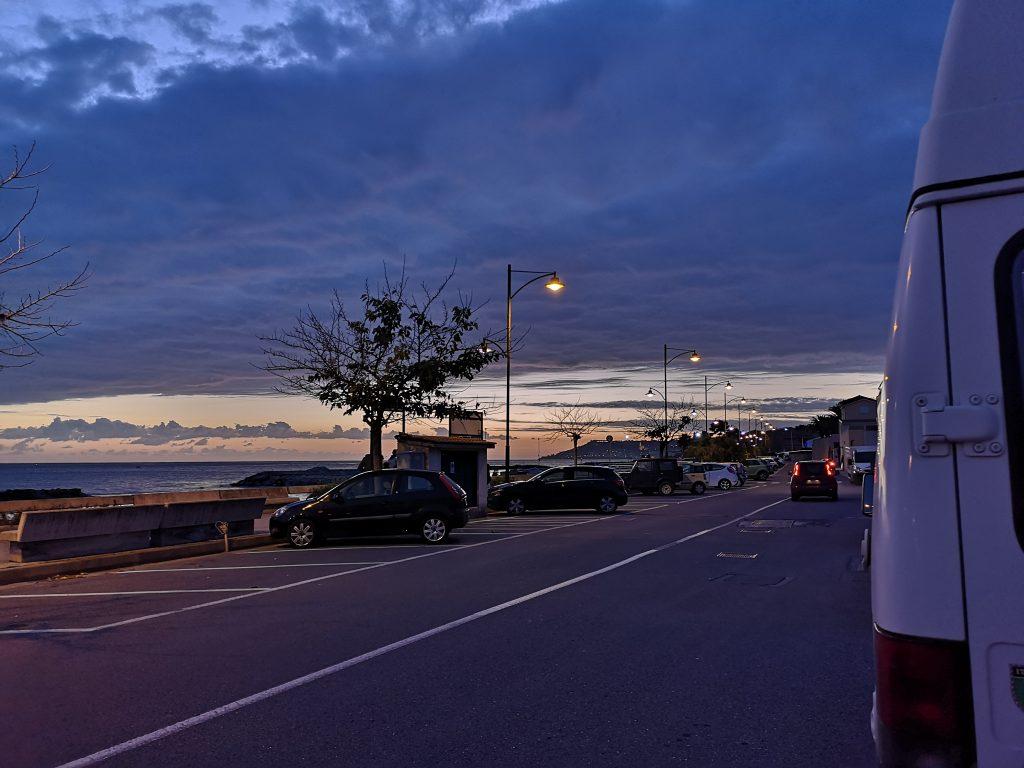 Übernachtungsplatz an der Strandpromenade