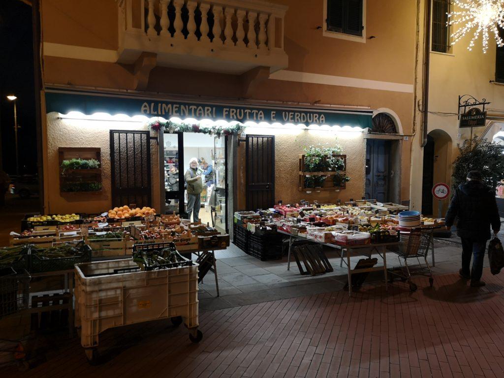 Laden in Riva Ligure Italien