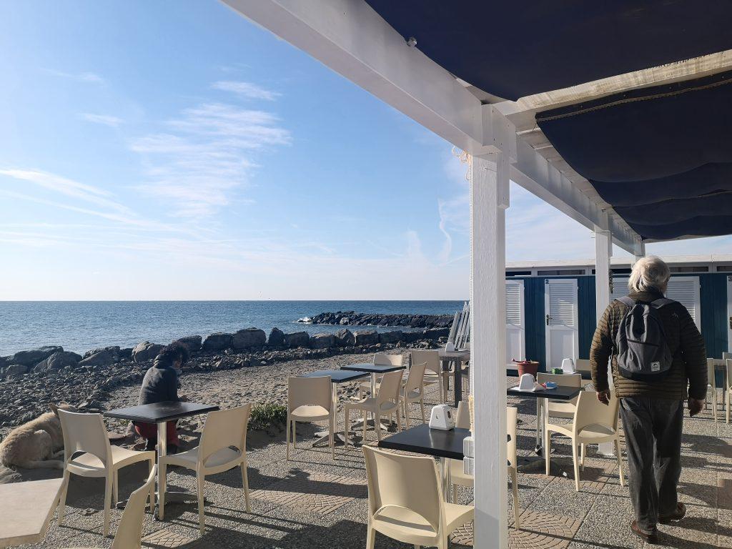 Strandbar in Riva Ligure Italien