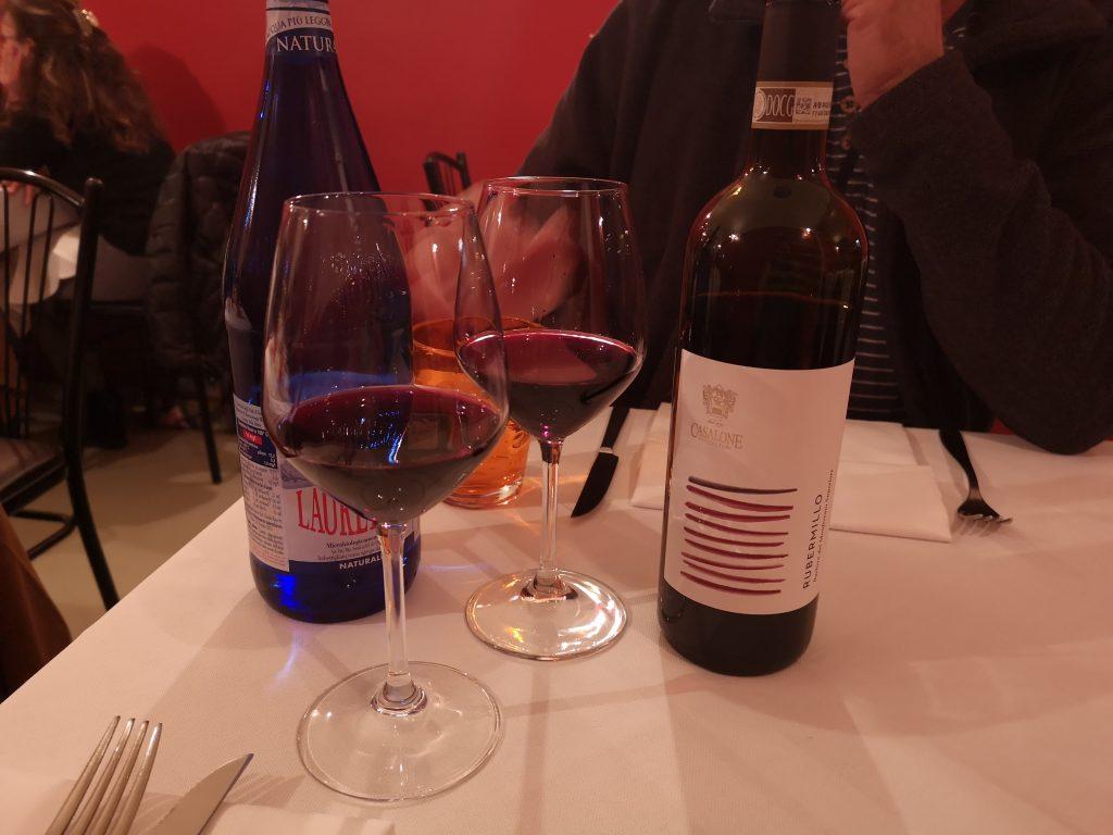 Rotwein aus dem Piemont