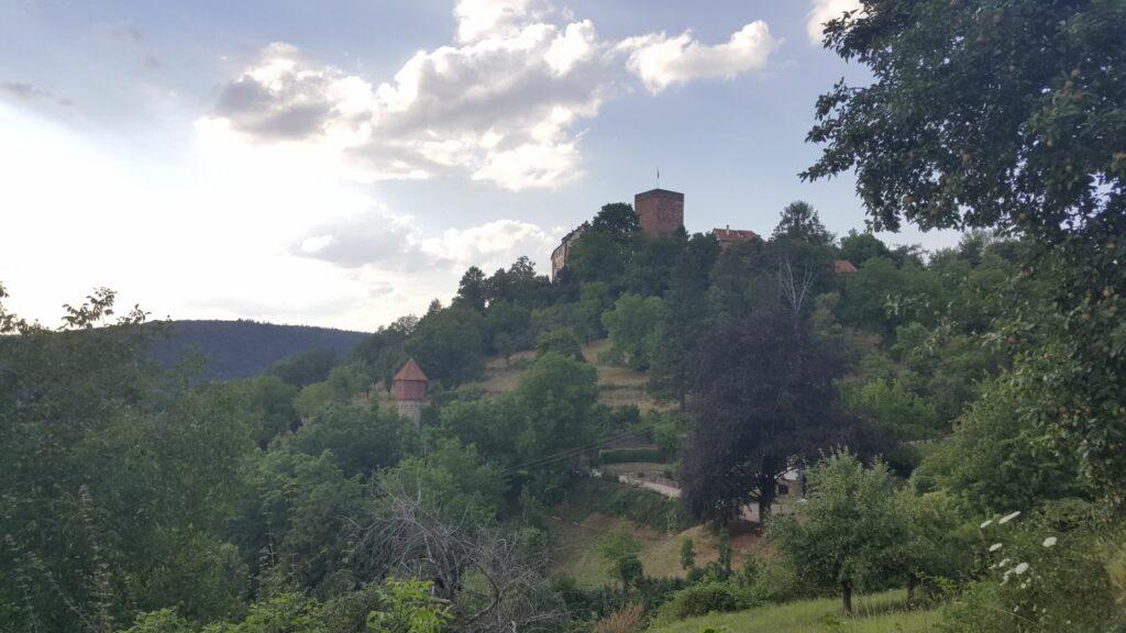 Blick von Werbach auf die Gamburg